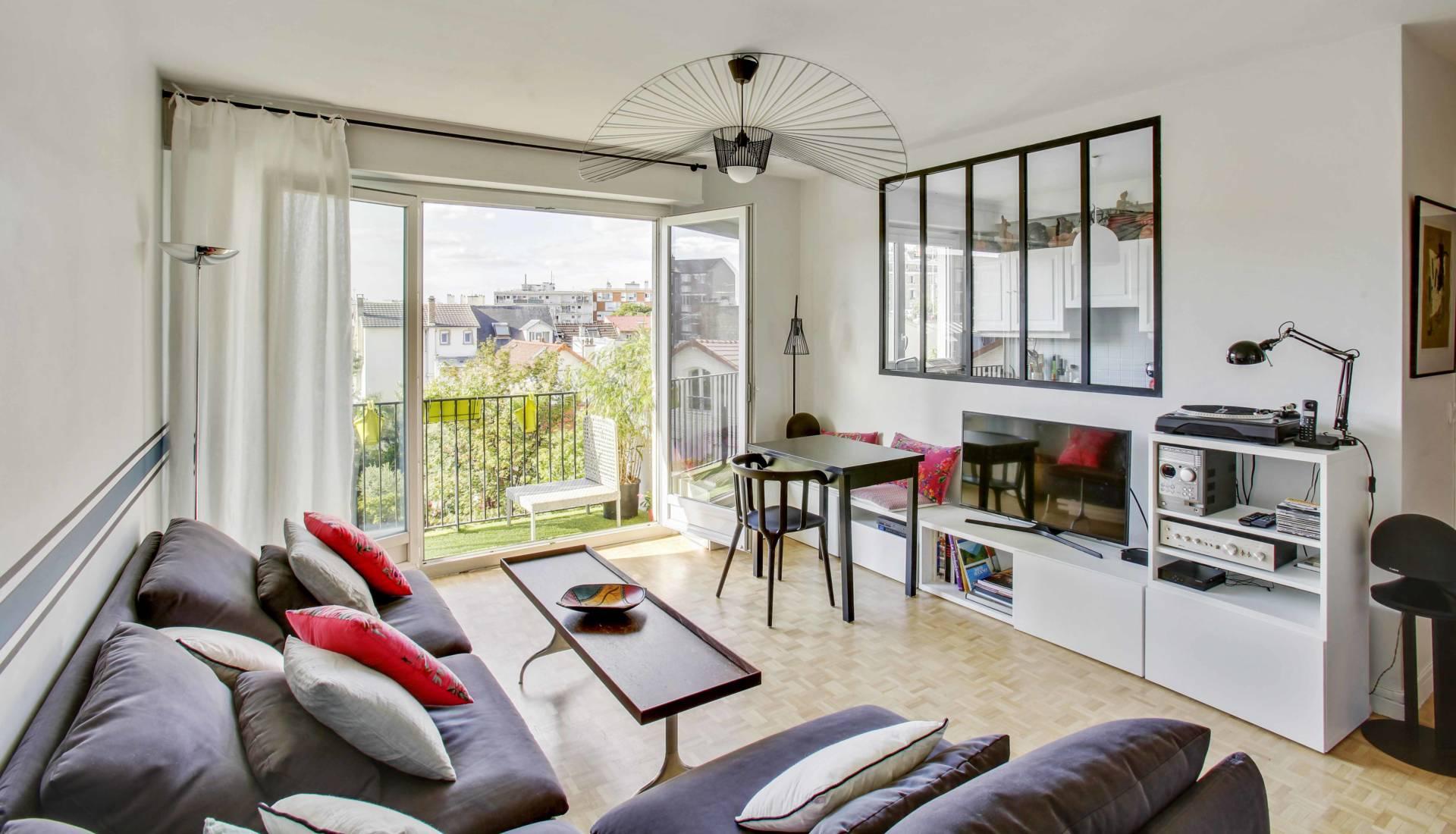 Nadia Duffieux architecte d'intérieur - aménagement et décoration vue salon bois colombes